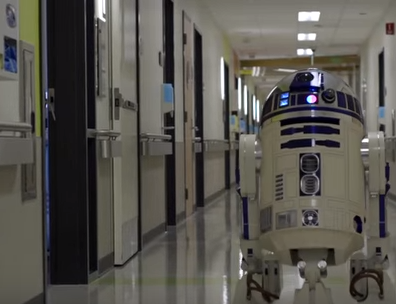 StarWars Visits the Kids at Los Angeles Children's Hospital